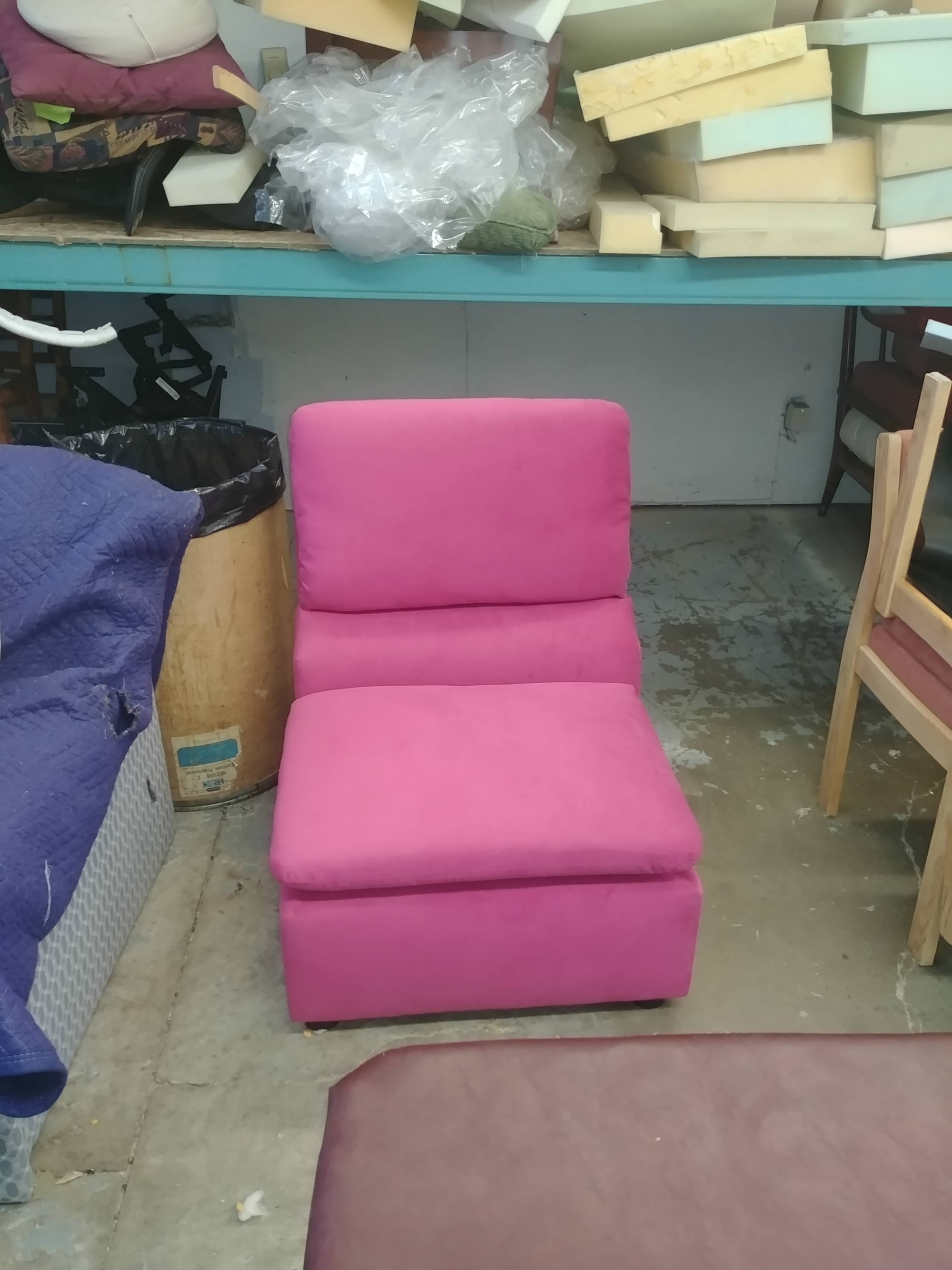 pink color sofa upholstery works